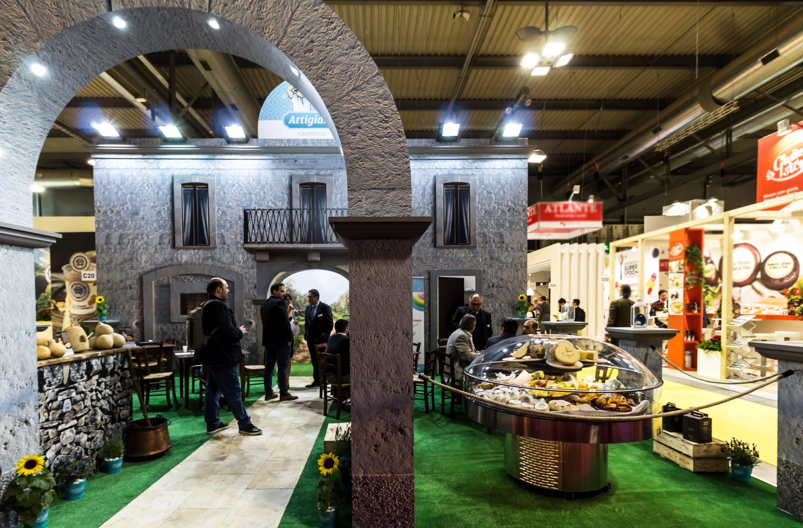Tuttofood stand fieristici e allestimenti realizzati da for Milano fiera