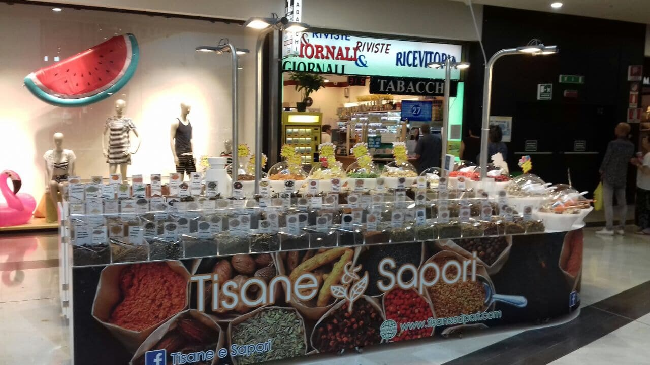 Stand Milano centro commerciale le due torri stezzano Stand Tisane e Sapori